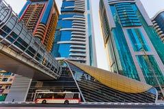 Métro de Dubaï en tant que plus long réseau entièrement automatisé de la métro du monde (75 Photos stock