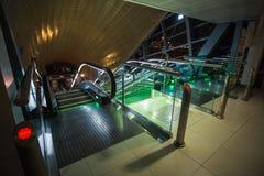 Métro de Dubaï en tant que plus long réseau entièrement automatisé de la métro du monde (75 Image stock