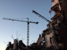 Même - bâtiment étant démoli photo stock