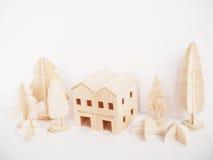 Mínimo feito a mão do ofício modelo de madeira diminuto da arte finala do corte fotografia de stock royalty free