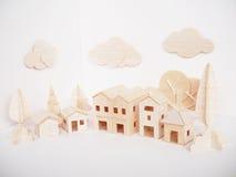 Mínimo feito a mão do ofício modelo de madeira diminuto da arte finala do corte fotos de stock