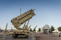 Míssil de patriota - branco lixa o museu da escala de míssil - nanômetro imagens de stock royalty free