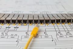 Módulos da rede de SFP para o interruptor de rede e o cabo de remendo Imagem de Stock Royalty Free