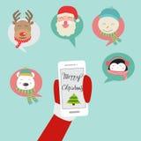 Móvil social de la red de la Feliz Navidad con vector del hombre de la nieve del pingüino del oso polar del reno de Papá Noel eje Fotos de archivo libres de regalías