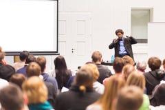 Mówca Opowiada przy Biznesową konferencją Fotografia Royalty Free