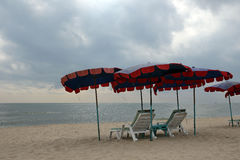 Möbel auf Strand Cha morgens in Phetchaburi, Thailand Lizenzfreies Stockfoto