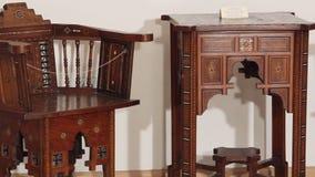 Möbelstücke des 18. Jahrhunderts Transportwagenschuß stock footage