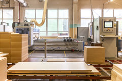 Möblemangfabriksproduktionslinje Fotografering för Bildbyråer