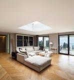 Möblerad härlig lägenhet Royaltyfri Foto