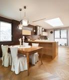 Möblerad härlig lägenhet Arkivfoton