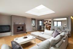 Möblerad härlig lägenhet Royaltyfria Bilder