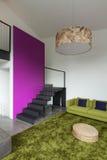 Möblerad lägenhet, vardagsrumsikt Royaltyfria Bilder