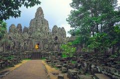 Mönch bei Angkor Wat Stockbilder
