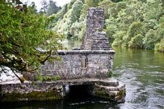 Mönch ` s Fischenhaus bei Cong Abbey, Grafschaft Mayo, Irland Lizenzfreie Stockbilder