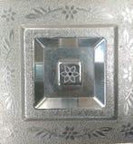 Mönstrad silvertextur Arkivfoto