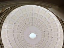 Mönstrad takkupol för spiral Royaltyfri Bild