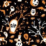 Mörk bakgrund för färgrik vektor för allhelgonaafton sömlös med ugglor, spökar, slagträn, spindlar, skallar och träd royaltyfri illustrationer