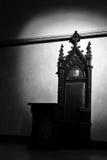 mörk biskopsstol Arkivbilder