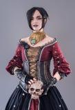 Mörk gotisk kvinna Fotografering för Bildbyråer