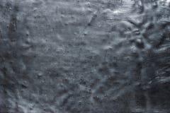 Mörk metalltextur, tappningbakgrund av skrynkligt järn eller stål Royaltyfri Foto