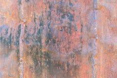 Mörk sliten rostig metall för texturbakgrund arkivbilder