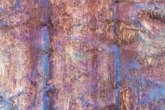 Mörk sliten rostig metall för texturbakgrund fotografering för bildbyråer