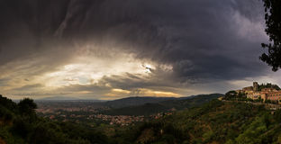 Mörka Toscane Arkivbilder