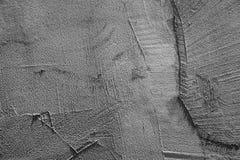 Mörker - grå betongvägg med stuckaturlättnad arkivbilder