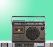 Mörker - grå tappningradio royaltyfri foto