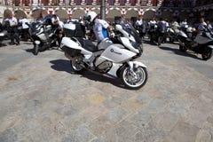 Möte av mopedägare av BMW K 1600 Fotografering för Bildbyråer