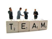 möte för affärsbusinessteamholding Arkivbild