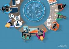 Möte för vektoraffärsmankläckning av ideer i kontoret och den mobila minnestavlateknologin som meddelar med världsomspännande kun Royaltyfri Bild