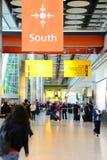Mötepunkt på den Heathrow flygplatsen, T5 Arkivbilder
