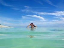 möter den Stillahavs- skyen Fotografering för Bildbyråer
