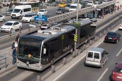 mött stads- stationsdrevtransport Arkivfoton