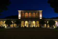 Mún parque del balneario de Kissinge en la noche Fotografía de archivo
