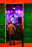 Música de la calle de New Orleans Bourbon en Razzoo foto de archivo libre de regalías