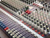 Música do controle do misturador imagens de stock
