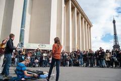 Música en París Imágenes de archivo libres de regalías