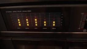 A música nivela, níveis audio, máquina do vintage video estoque