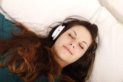Música que escucha Foto de archivo libre de regalías