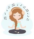 Música que escucha de la muchacha bonita Imágenes de archivo libres de regalías