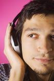 Música que escucha del muchacho Fotos de archivo