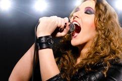 Música rock do canto Fotos de Stock Royalty Free