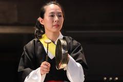 Músico coreano jogador do kkwaenggwari Imagens de Stock