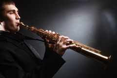 Músico de Jazz del saxofonista del saxofón Fotos de archivo libres de regalías