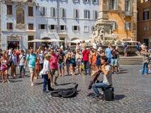 Músico de la calle en Roma