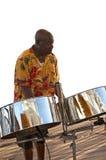Músico del Caribe y tambores de acero Imagenes de archivo