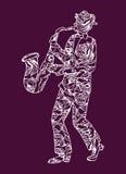 Músico del ejemplo Hombre que realiza música saxophone Imágenes de archivo libres de regalías