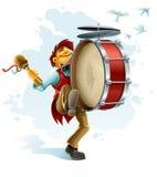 Músico feliz de la calle que juega el tambor Imagen de archivo